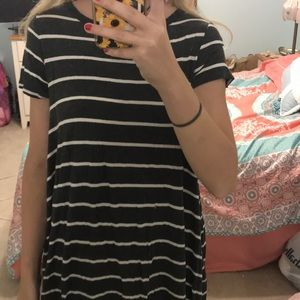 t-shirt dress or oversized t-shirt